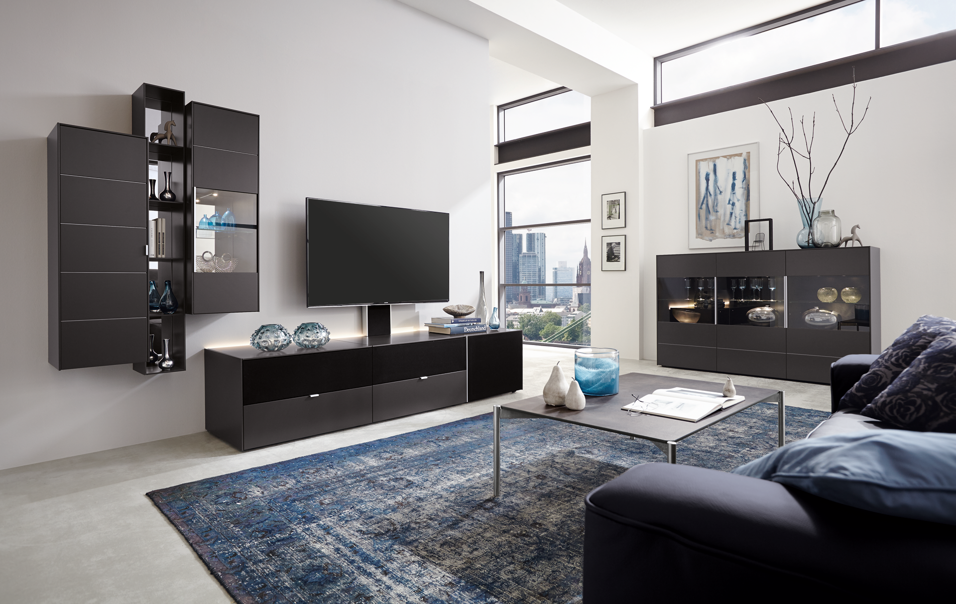 q media heimkino auf der h he der zeit wohntrends. Black Bedroom Furniture Sets. Home Design Ideas